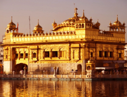 Quiz on Golden Temple in Amritsar : 10 Multiple Choice Questions